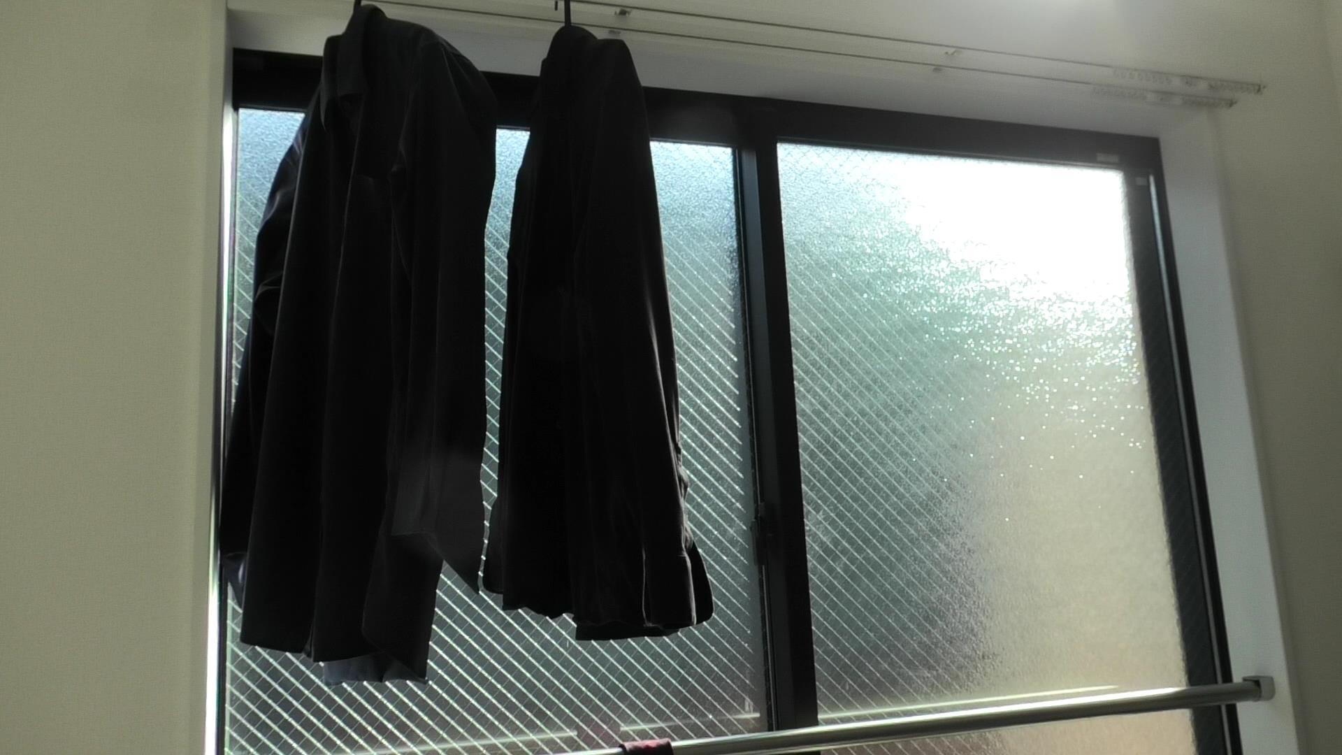 【ミニマリスト】長袖しか着ない理由、半袖は冬場のヒートテックだけ