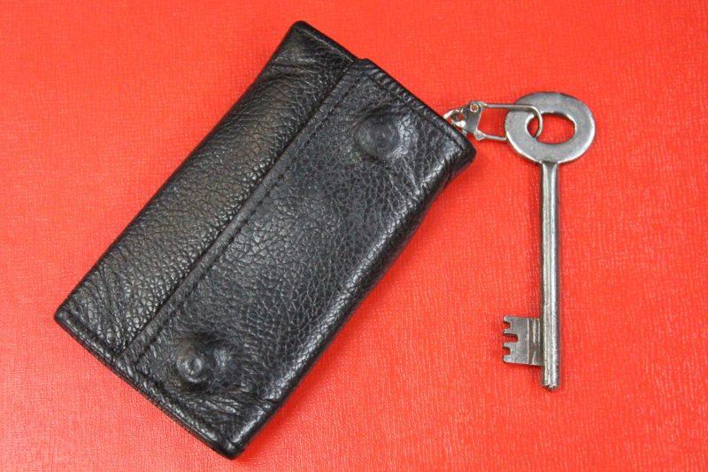 【ミニマリスト】鍵の持ち歩きは、財布の小銭入れで十分【アンチキーケース】
